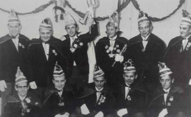 1966: Prins Jos I (Jos Clement) met de raad van 11